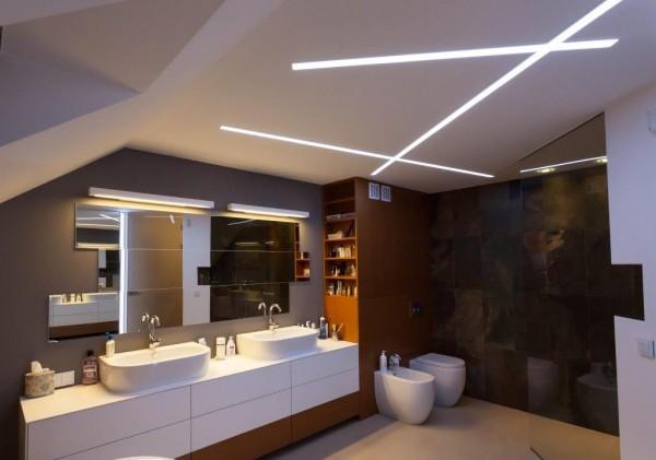 Oświetlenie łazienki wg. arch. Ewy Mykowskiej i arch. Piotra Gawryluka