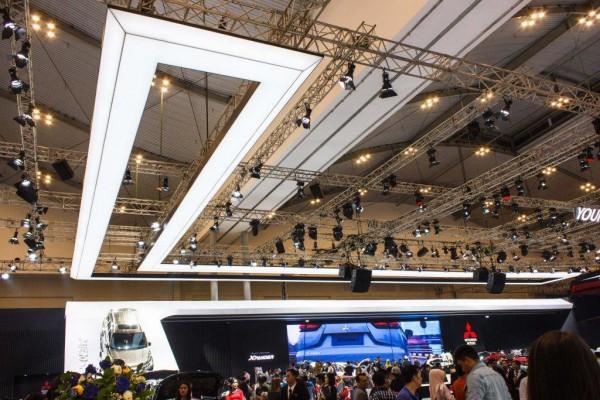 Oświetlenie Barrisol w Indonezji przy współpracy z p. Igorem Pushin
