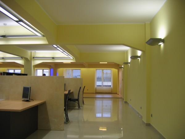 Oświetlenie sali sprzedaży