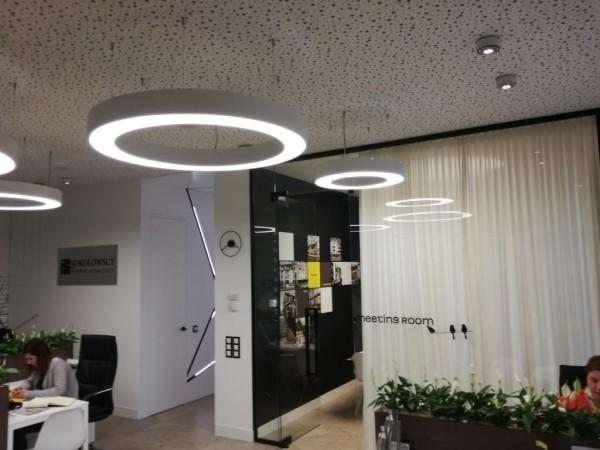 Oświetlenie Biura Nieruchomości Sokołowscy Białystok wg arch. Ewy Mykowskiej