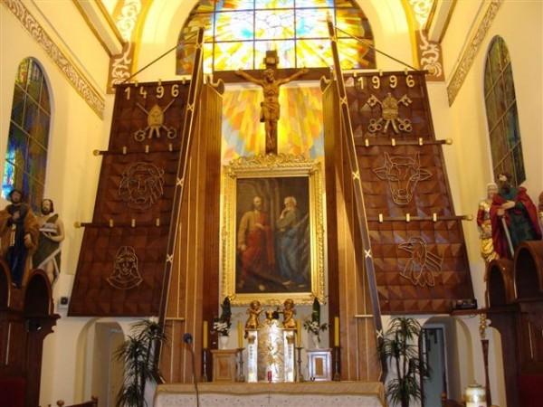Oświetlenie Kościoła pw. Św. Aposotołów Piotra i Pawła w Trzciannem