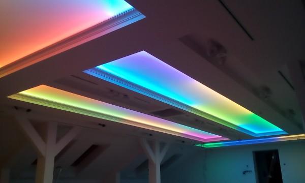 Oświetlenie dynamiczne Barrisol w prywatnej rezydencji przy współpracy z p. Andrzejem Lorensem