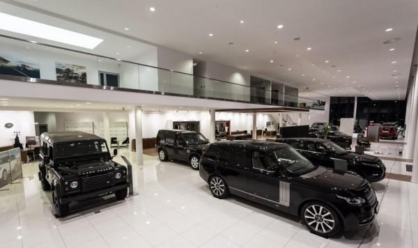 Oświetlenie salonu BMW Białystok wg arch. Anny Breczko