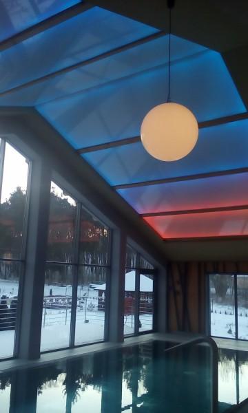 Oświetlenie na basenie w hotelu w Busko Zdroju przy współpracy z p. Wojciechem Lechem